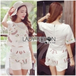 Lady Ribbon Online ขายส่งเสื้อผ้าออนไลน์ Lady Ribbon พร้อมส่งLR16040816 &#x1F380 Lady Ribbon's Made &#x1F380 Lady Jennifer Natural Flower Embroidered Cotton Set เซ็ตเสื้อและกางเกง