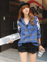 เสื้อเชิ้ตลายสก็อตแขนยาวสีน้ำเงินแขนเสื้อแต่งด้วยโครเช