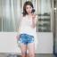 เสื้อแฟชั่นเกาหลีแขนกุดสีขาวแต่งโครเช thumbnail 1