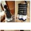 เสื้อแฟชั่นเกาหลีแขนกุดต่อด้วยผ้าตาข่ายสีขาวชายเสื้อมีซิปหลัง แต่งลายริ้ว สีดำ thumbnail 2