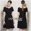 Dress เดรสสีดำคัทเอาท์ไหล่สไตล์เฟมินีน thumbnail 1