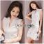 Lady Ribbon Online ขายส่งเสื้อผ้าออนไลน์ Lady Ribbon พร้อมส่ง LR15040816 &#x1F380 Lady Ribbon's Made &#x1F380 Lady Megan Brody Minimal Chic White Drape Peplum Dress thumbnail 1