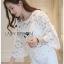 Lady Ribbon ขายส่งเสื้อผ้าออนไลน์พร้อมส่งของแท้ LR08220716 &#x1F380 Lady Ribbon's Made &#x1F380 Lady Stephanie Little Sunshine White and Yellow Floral Cropped Top thumbnail 3