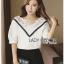 Lady Ribbon Online ขายส่ง เสื้อผ้าออนไลน์ ของแท้ ราคาถูกพร้อมส่ง เลดี้ริบบอน LR16140716 &#x1F380 Lady Ribbon's Made &#x1F380 Lady Analeigh Sweet Chic Monochrome Lace and Cotton Blouse thumbnail 2