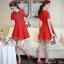 เดรสสั้นสีแดงสวย ลุคเรียบหรู thumbnail 1
