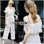 Lady Ribbon ขายส่งเสื้อผ้าออนไลน์พร้อมส่งของแท้ LR14220716 &#x1F380 Lady Ribbon's Made &#x1F380 Lady Michelle Pure White Off-Shoulder Lace Jumpsuit