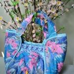 กระเป๋าจากผ้าไทย