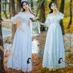*long dress สีขาว ผ้า cotton ทรงยางยืดปาดไหล่ ผูกโบว์หลัง 2 เส้น *