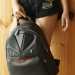 💞Fendi monster backpack 2017💞 เป้รุ่นใหม่ของแบรนด์ สีดำล้วน หนังสวยงานอย่างดี น้ำหนักเบา