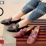 รองเท้าคัตชูแบบมีส้นหนังสไตล์ vintage งานสวย หนังดี ส้นใหญ่แข็งแรง ทรงสวยดูแพงมา2สีคะ