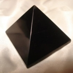714 Obsidian Pyramid ขนาด 4 cm