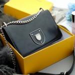 Dior รุ่น rama กระเป๋างานเรียบสวย สีพื้นใช่งานง่าย