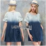 Lady Ribbon Online เสื้อผ้าออนไลน์ ขายส่งของแท้ราคาถููก LR10110716 &#x1F380 Lady Ribbon's Made &#x1F380 Lady Marina Cut-Out Pearl Embroidered Ombre Denim Dress