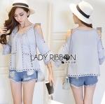 Lady Ribbon Online เสื้อผ้าออนไลน์ ขายส่งของแท้ราคาถููก LR13110716 &#x1F380 Lady Ribbon's Made &#x1F380 Lady Karlie Cut-Out Off-Shoulder Embroidered Cotton Blouse
