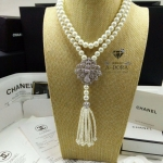 *Chanel Pearl Necklace *