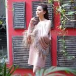 LBT dress เดรสปาดไหล่เนื้อผ้าสั่งทำพิเศษคุณภาพดีทอติดด้วยพู่ฟริ้งฟริ้งช่วงไหล่เพิ่มความไฮโซตรงบริเวณไหล่และรอบแขน