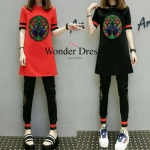 ชุดเข้าสไตล์แบรนด์ Gucci ดีเทลเสื้อตายาวผ้ายืดเนื้อดี ไม่หนามากค่ะแต่งดีเทลด้วยการปักลายเอกลักษณ์สีสันสด