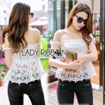Lady Ribbon Online ขายส่ง เสื้อผ้าออนไลน์ ของแท้ ราคาถูกพร้อมส่ง เลดี้ริบบอน LR06140716 &#x1F380 Lady Ribbon's Made &#x1F380 Self-Portrait Off-Shoulder White Lace Corset
