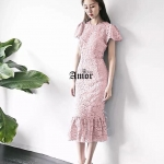 ชุดเดรส Korea Designed ลายใหม่สวยงามมากๆค่ะ เนื้อผ้าลูกไม้เกรด Premium ชุดดูเรียบหรู งามสง่า น่าหลงใหล มีระบายปลายแขนและชายกระโปรงดูเก๋มากค่ะ ชุดยืดได้เนิดหน่อยค่ะ ชุดมีซับในเนื้อดีค่ะ