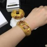 Gold Bracelet ลายนกยูงลงยา เส้นผ่านศูนย์กลาง 5cm ตัวเรือนสีทองชุบ 5 ไมครอน