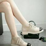 รองเท้าผ้าแคนวาสเย็บต่อหนัง แบบชาแนล รุ่นล่าสุด ทรงสวย น่ารัก ซับในบุหนังทั้งหมด งานนิ่มไม่กัดเท้าจ้า สีสวย ตัด cap-toe สีดำ เอกลักษณ์ เรียบหรู ดูดีย์ พื้นกันลื่นในตัว