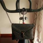 VALENTIN CROSSBODY BAG กระเป๋าสะพายข้างสไตล์วาเลน ประดับลายเท่ห์ๆ ตอกหมุดสวยงาม