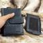 กระเป๋าสตางค์ผู้ชาย หนังแท้ ทรงตั้ง รุ่น GUBINTU Line Button Zip - สีดำ thumbnail 18
