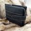 กระเป๋าสตางค์ผู้ชาย หนังแท้ ทรงสั้น GUBINTU Line Button Zip - สีดำ thumbnail 3