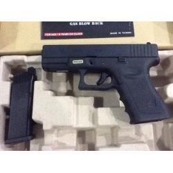 New.สินค้ามาใหม่ ปืนสั้น WE GLOCK19 ราคาพิเศษ