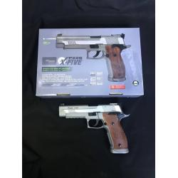 Cybergun SIG Sauer P226 X-Five Co2 - Silver Product Brand: Cybergun Product Code: GH132 Hop-Up: ADJUSTABLE Weight: 1,250 g Length: 220 mm Capacity: 26 rds Power: 380 fps Power Source: CO2 Blowback: NO Shooting Mode: Semi Auto