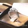 แหวนเงินแท้ เพชรสังเคราะห์ ชุบทองคำขาว รุ่น RG1619 Two Step Girl Vintage