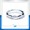 แหวนเงินแท้ เพชรสังเคราะห์ ชุบทองคำขาว รุ่น RG1525 Cute Twist