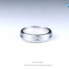 แหวนเงินแท้ เพชรสังเคราะห์ ชุบทองคำขาว รุ่น RG1447 Stripe Plain B
