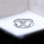 แหวนเงินแท้ เพชรสังเคราะห์ ชุบทองคำขาว รุ่น RG1603 Grand Diamond infinity