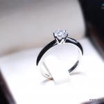 แหวนเงินแท้ เพชรสังเคราะห์ ชุบทองคำขาว รุ่น RG1544 0.50 carat Ninja