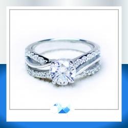 แหวนเงินแท้ เพชรสังเคราะห์ ชุบทองคำขาว รุ่น RG1567 - One ct. HOBS