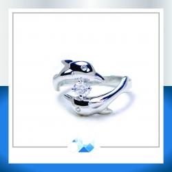 แหวนเงินแท้ เพชรสังเคราะห์ ชุบทองคำขาว รุ่น RG1605 Dolphin RG