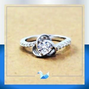 แหวนเงินแท้ เพชรสังเคราะห์ ชุบทองคำขาว รุ่น RG1535 Rose