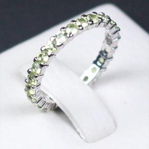แหวนเงินแท้ พลอยแท้ ชุบทองคำขาว รุ่น RG1428pe Eternity Peridot