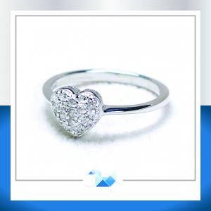 แหวนเงินแท้ เพชรสังเคราะห์ ชุบทองคำขาว รุ่น RG1577 Mini Heart