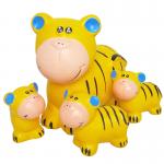 ครอบครัวเสือแต่งสวน(เหลือง)(เซรามิก)