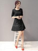 เดรสสีดำ ตัวนี้งานดี ผ้าหนา ทรงสวยมากกกค่ะ แขนยาว ซิปหลัง ปลายระบายเล็กน้อยน่ารักสุดๆ
