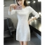 เดรสสีขาว ตัวนี้ผ้าดีมากก เนื้่อสวย งานหนา ซิปหลัง เข้ารูปให้ดูมีสัดส่วน ช่วงสะโพกไม่คับ สุภาพสวยงามค่ะ thumbnail 4