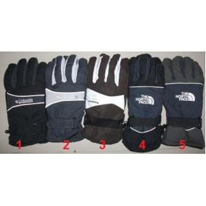 ถุงมือเล่นสกี สไตล์สปอร์ต ให้ความอุ่น ด้านในบุโพรีเอสเตอร์ให้ความอุ่น งานแบรนด์เกรดดี