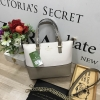Kate Spade New York Cedar steet Harmony Body Bag-เบจกากี