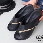 รองเท้าลำลองแบบสวม
