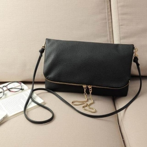 H & M Soft Leather Envelope cluth bag with simple and Stylish Zipper-สีดำ