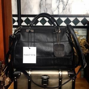 PARFOIS ทรง classic กระเป๋าถือหรือสะพาย-สีดำ