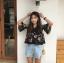 เสื้อครอปแฟชั่นเกาหลี สีดำลายดอกไม้ แต่งระบายซีทรูช่วงบน thumbnail 3