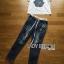 t-shirt & skinny jean thumbnail 4